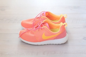 shoes nike roshe run nikeroshe print yellow neon colour popular fitnes healthy running shoes runners piink best favourite new nike free 5.0 fitness piink/coral