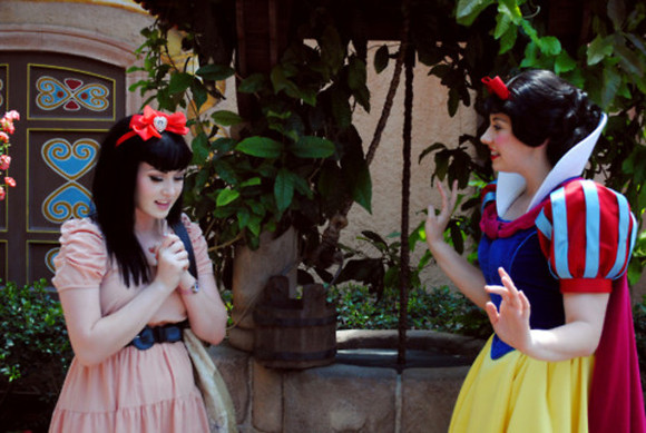 disney snow white dress