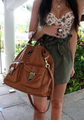 green skirt,corset top,tank top,floral,skirt,top,green,shirt,bag,handbag,clothesskirt,clothes,crop tops,summer,ring,jewels,hipster,leather bag,brown bag,brown leather bag,brown,floral tank top,jewelry,super cut,bustier,dress,blouse,floral bustier,ootd,fashion,beautiful,white top,strapless,outfit,cute top,High waisted shorts,shorts