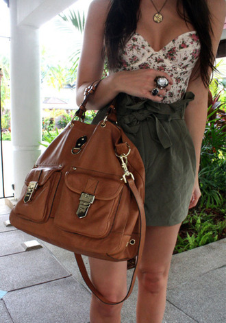green skirt corset top tank top floral skirt top green shirt bag handbag crop tops summer ring jewels hipster leather bag brown bag brown leather bag brown floral tank top jewelry dress blouse