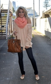 sweater,oversized,peach,cream,knit,oversized sweater,bag