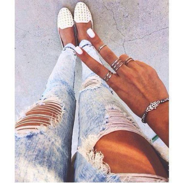 Fashionable Clothes Shoes Jeans Lipsticks Nail Polish: Jeans, Skinny Jeans, White, Light Blue, Ripped Jeans