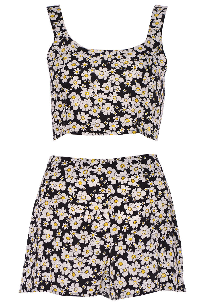 Vadin Ditsy Floral Print Two Piece Set In Black