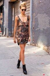 dress,whitney port,shoes