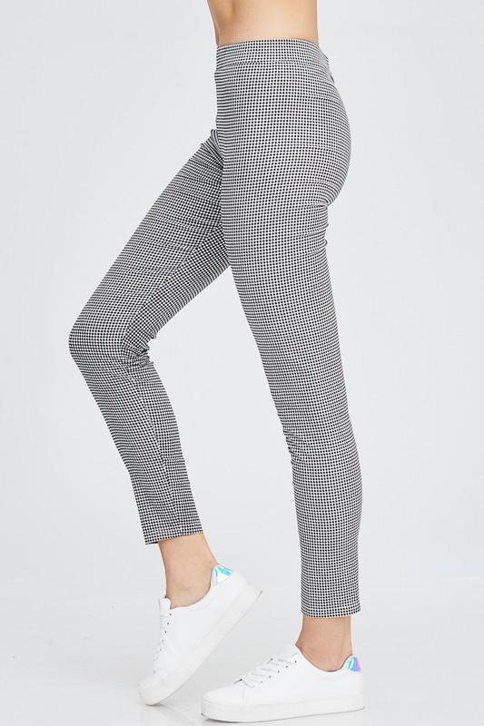 Black and White Checkered Print Skinny Pants