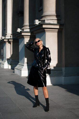 blogger coat sunglasses bag jewels shoes trench coat black coat vinyl vinyl coat fall outfits boots