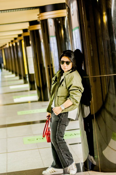 preppypanache blogger jacket jeans shoes bag jewels green jacket fall outfits red bag sneakers gucci bag