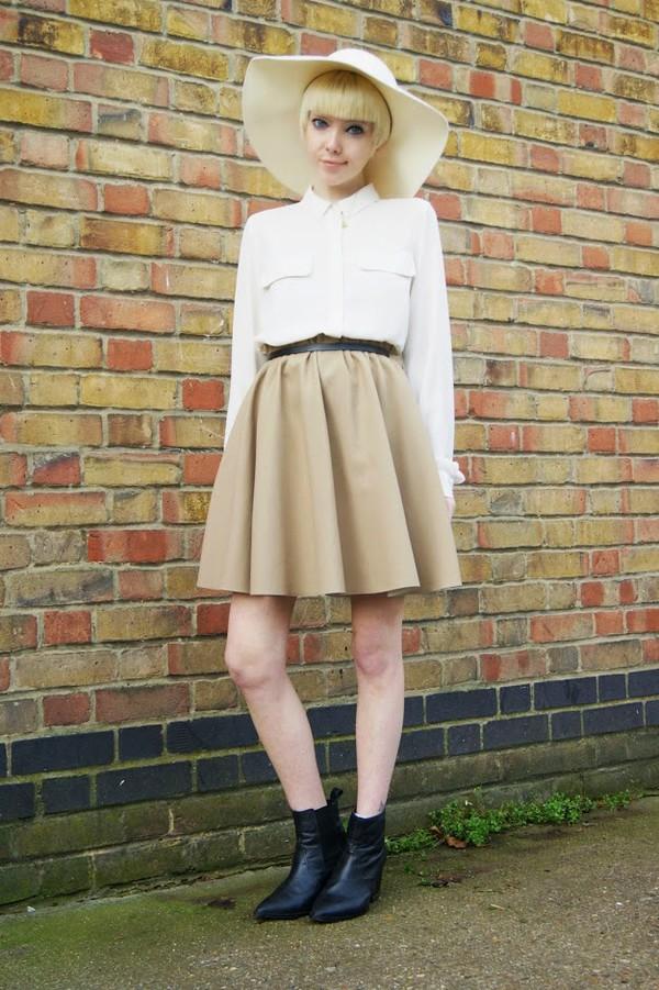 stella's wardrobe blogger jewels felt hat flare skirt belt shirt off-white