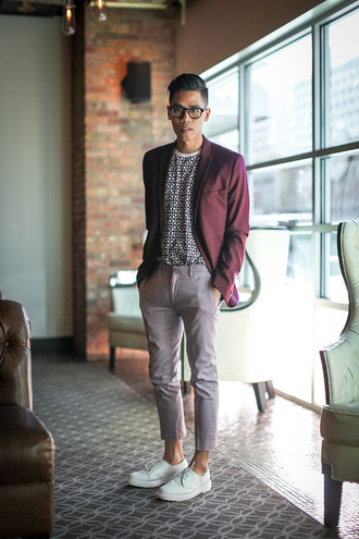 closet freaks blogger jacket t-shirt burgundy tailoring menswear hipster menswear pants shoes sweater mens blazer