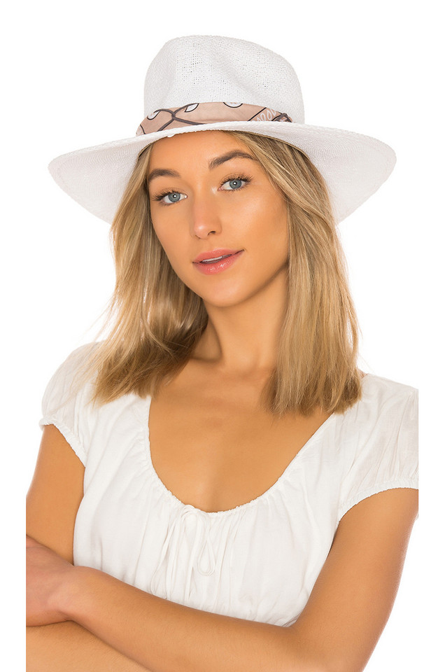 ale by alessandra Bailey Hat in white