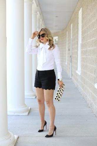 suburban faux-pas blogger blouse shorts bag shoes sunglasses jewels