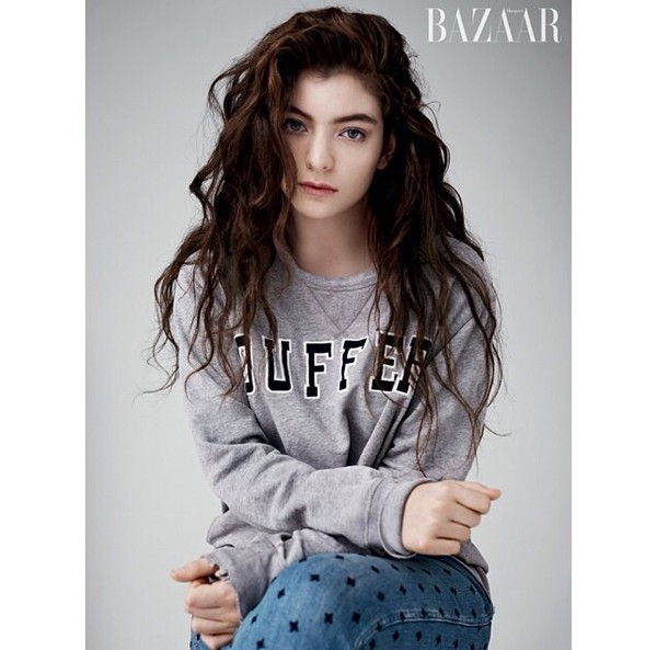 blouse duffer grey sweater lorde