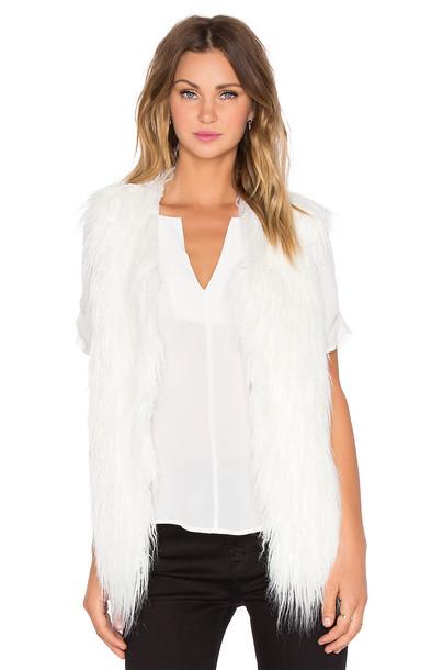 J.O.A. vest fur vest faux fur vest fur faux fur white