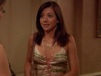 jewels butterfly necklace alyson hannigan how i met your mother