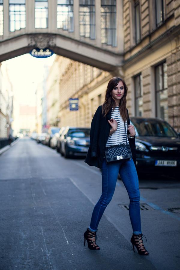 vogue haus t-shirt jeans jacket shoes bag jewels