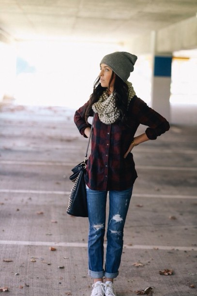 shirt flannel shirt red flannel shirt plaid plaid shirt ripped jeans dark wash jeans beenie black bag scarf infinity grey blouse jeans shoes hat flannel blue red perfect trendy warm fall outfits outfit button up button down green winter outfits cute skinny jeans button up shirt navy top tight tailoring fall shirt dark beanie fall outfits winter outfits