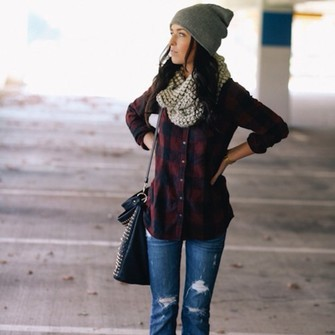 scarf jeans bag shoes black shirt hat flannel shirt red flannel shirt plaid plaid shirt ripped jeans dark wash jeans beenie infinity grey blouse skinny jeans red navy top scarf red
