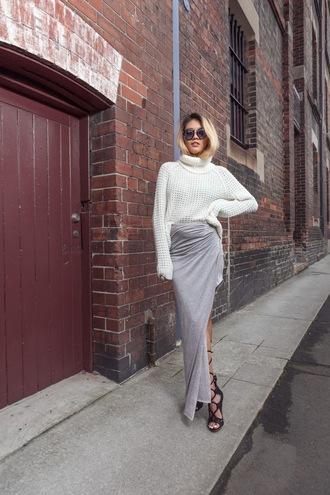 bam it's joanne blogger knitted sweater grey skirt slit skirt