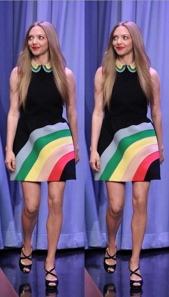 dress rainbow amanda seyfried sandals
