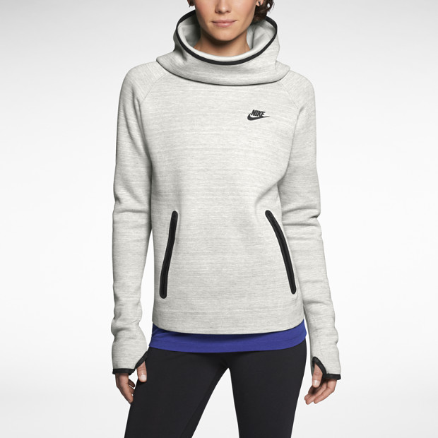 Nike Tech Fleece Hoodie V2 Women's Hoodie. Nike Store