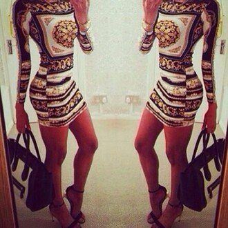 dress versace gold white black fancy bag shoes high heels tanned tumblr omg! gorgeous