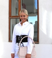 belt,corset belt,black belt,lace up,shirt,white shirt,bag,pink bag