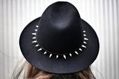 hat,spikes,spiked hat,black,black hat,asdfghjkl,omfg