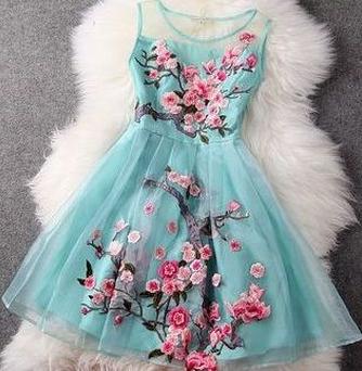 "Stunning ""Water Lake"" Floral Organza Lace Dress"