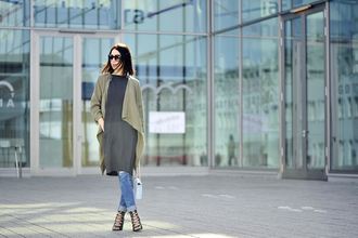 shiny sil blogger jeans spring outfits strappy sandals cardigan grey dress