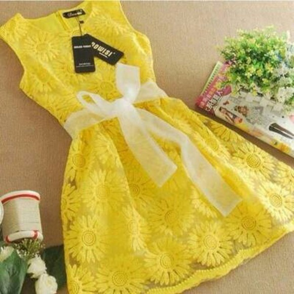 adorable yellow dress summer dress