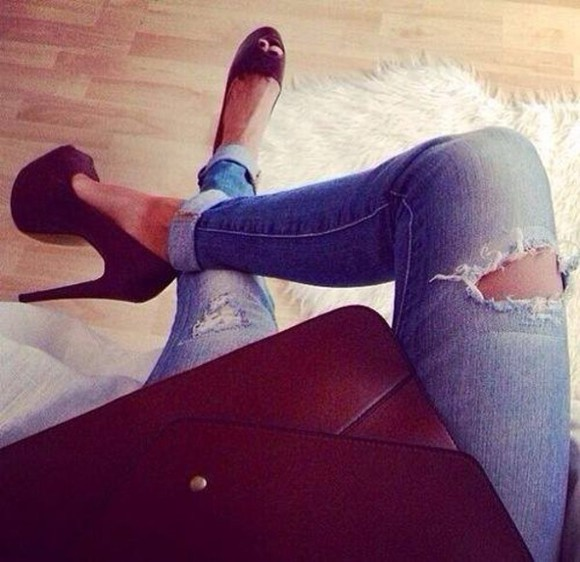 bag jeans skinny high heels sun summer outfits classy destroyed studs skinny pants fashion
