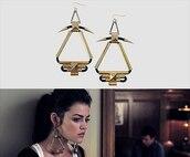 jewels,earrings,aria montgomery,big earrings,gold,black