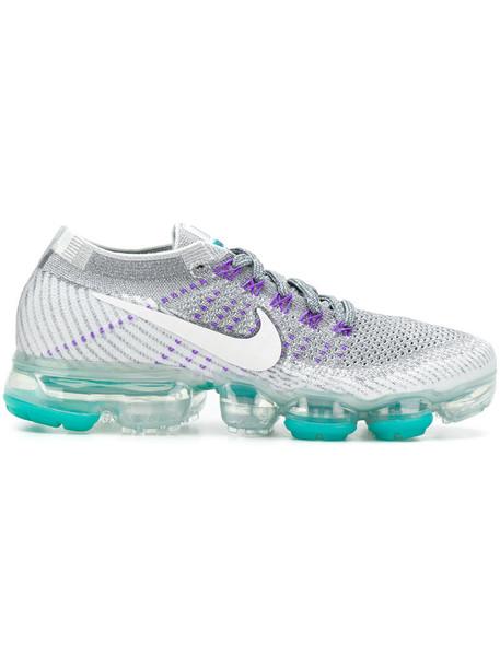 Nike women sneakers grey shoes