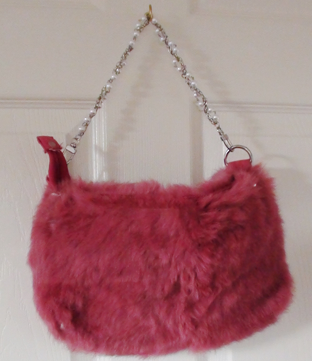 Genuine Fur Pink Handbag With Faux Pearls Strand Handle in Excellent Condition Retired Design 1990s