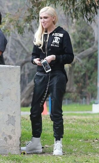 pants sweatpants gwen stefani sweatshirt boots jacket shoes