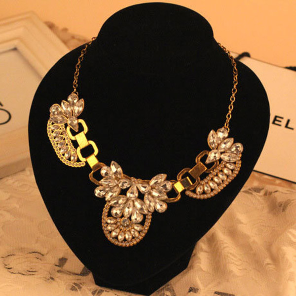 jewels fashion necklace