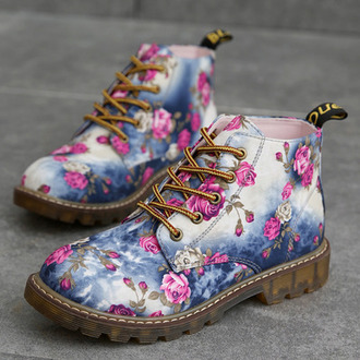 shoes blue flowers lace up girly cute pink trendy timberlands stylish fashion style fall outfits