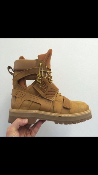 tan boots cut-out boots cut out ankle boots cut out shoes lace up lace up boots hood by air