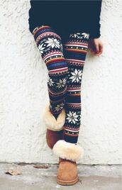 christmas leggings,snowflake,ugg boots,shearling boots,leggings,winter outfits
