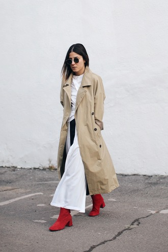 elif filyos blogger shirt dress coat jeans shoes trench coat beige coat boots red boots winter outfits
