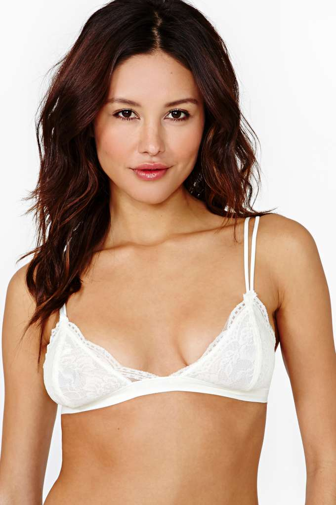 Donna Lace Bralette - Ivory in  Clothes Lingerie at Nasty Gal