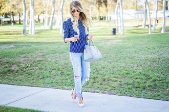 happily howards blogger top jeans shoes sunglasses bag jewels