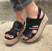shoes,black,platform sandals,black platforms,black shoes,chunky black sandals,leather sandals