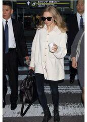 shirt,fall outfits,jeans,amanda seyfried,sunglasses