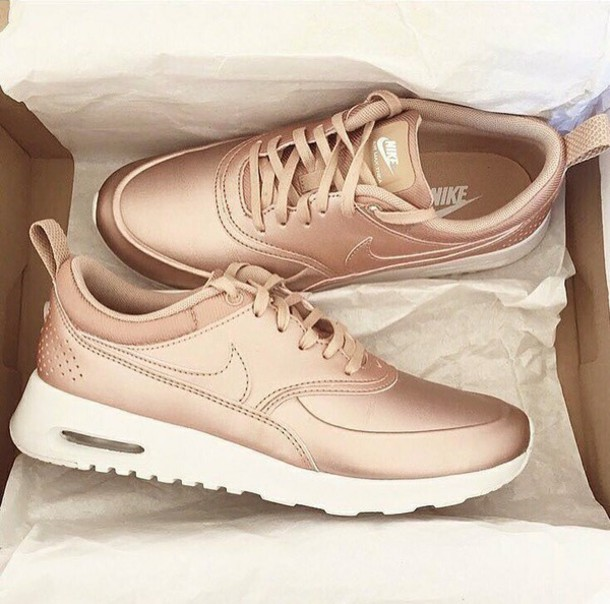 shoes, nike, nike shoes, rose gold, nike running shoes, rose