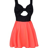 Fashion decorative bow waist dress · Outletpad · Online Store Powered by Storenvy