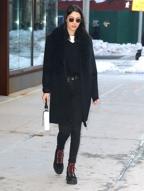 shoes top boots bella hadid streetstyle model off-duty