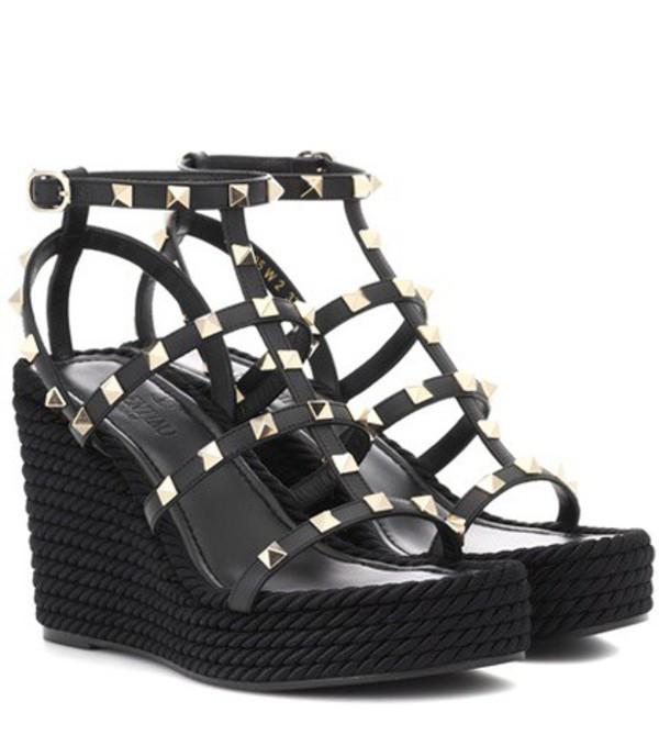 Valentino Garavani Torchon leather wedge sandals in black