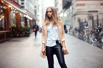 jewels lisa olsson blogger cardigan leather pants