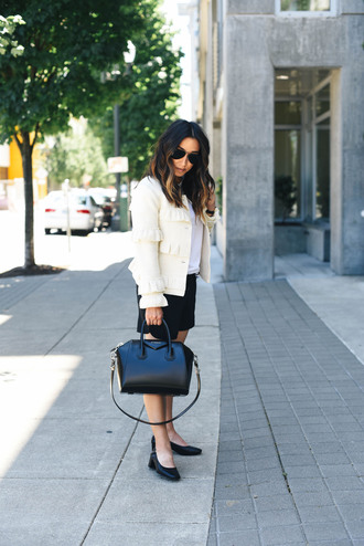 crystalin marie blogger t-shirt jacket shorts shoes bag givenchy bag fall outfits handbag pumps